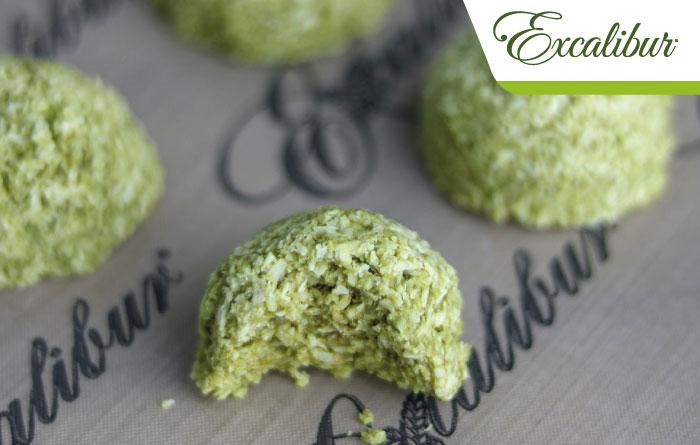 Green Matcha Macaroons